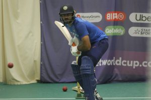 Don't drop Vijay Shankar, he'll win you England game: Kevin Pietersen to Virat Kohli