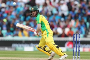 David Warner wins heart, hands Player of the Match award to young fan