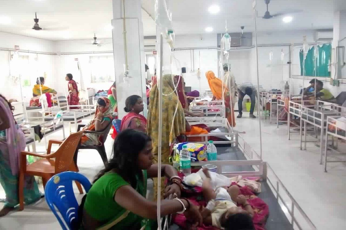 Encephalitis toll climbs to 57 in Bihar; Union health minister Harsh Vardhan assures all assistance to state government