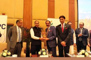 Jai Ram Thakur holds roadshow in Dubai, invites UAE entrepreneurs