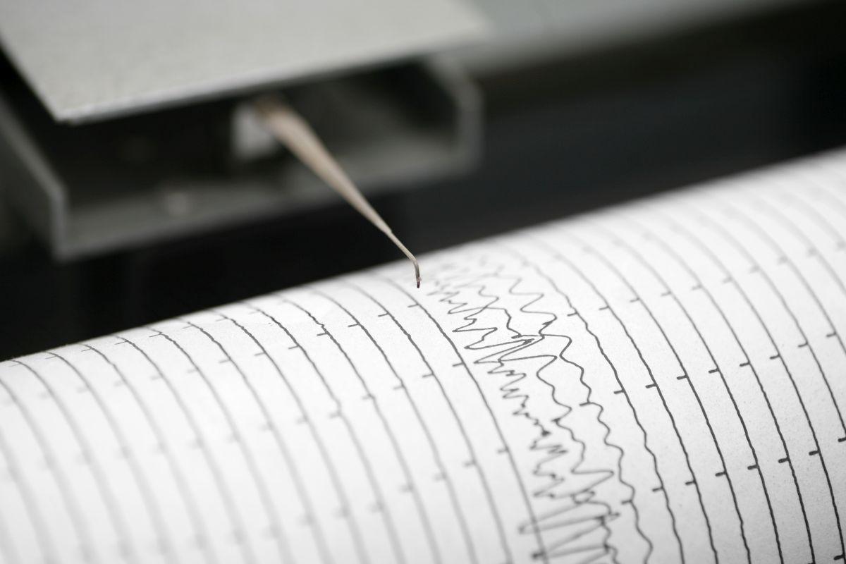 31 injured as 5.4-magnitude earthquake hits in China