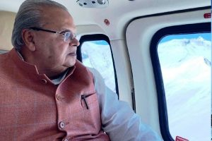 Governor undertakes aerial survey of snow covered Amarnath shrine routes