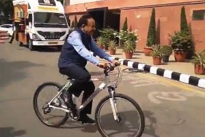 Harsh Vardhan takes charge of Health Ministry