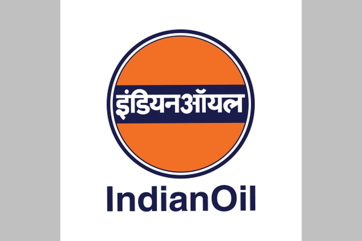 Bharat Petroleum Corp Ltd (BPCL) and Hindustan Petroleum Corp Ltd (HPCL) have joined in the country's longest LPG pipeline project being laid by state-owned Indian Oil Corp (IOC) to cater to cooking fuel needs of a fourth of the country's population.