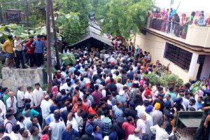 Meerut bids tearful adieu to Major Ketan Sharma