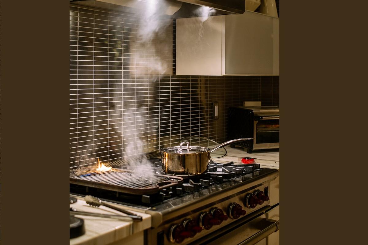Kitchen Cabinets, Greasy, Eco-Friendly, Vinegar, Baking Soda, Residue, Kitchen Hacks, Easy, Affordable