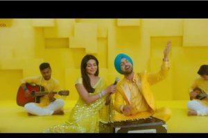 Diljit Dosanjh, Neeru Bajwa paint landscape yellow with Shadaa's 'Mehfil' song