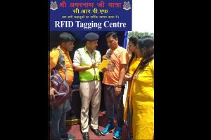 All vehicles of Amarnath pilgrims being RFID tagged by CRPF to track movement
