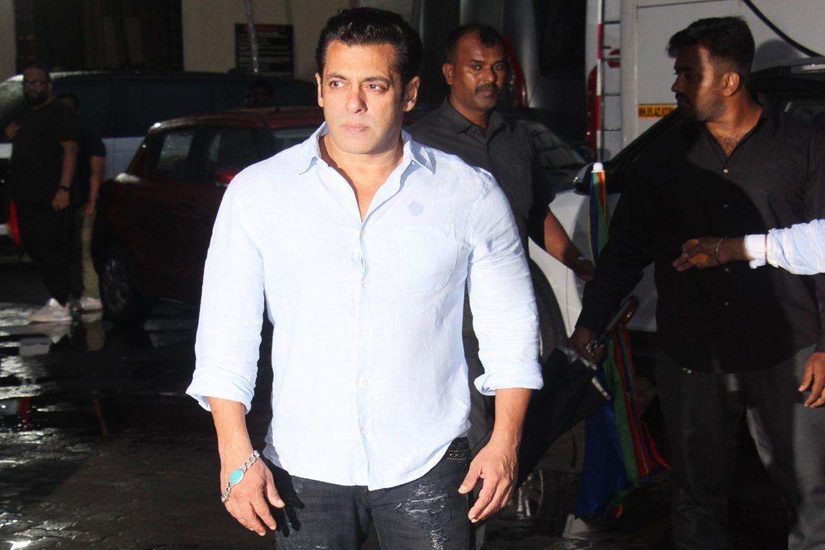 Salman Khan pulls off a stunt to wish nephew