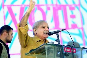 Shehbaz Sharif returns to Pakistan