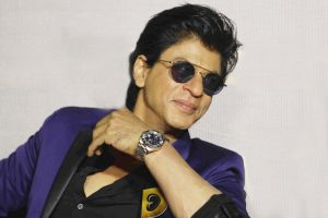 Shah Rukh Khan wins hearts as King Mufasa