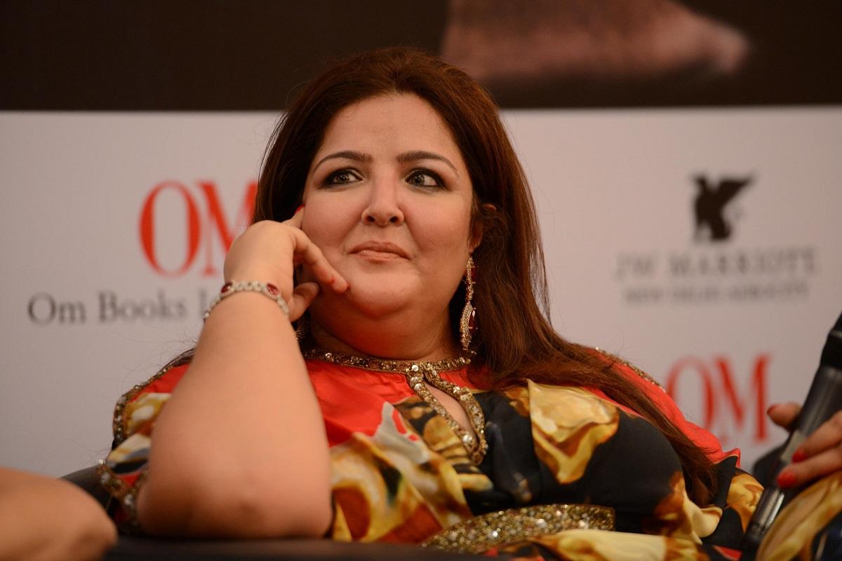 Sunaina Roshan, Hrithik Roshan, Kangana Ranaut, Rangoli Chandel, Queen