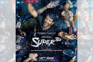Hrithik Roshan's Super 30 poster out
