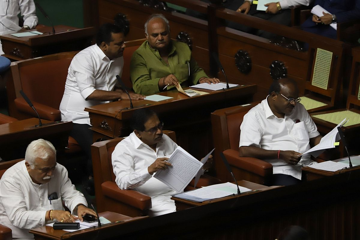 Resort politics in place as Karnataka parties shift MLAs to hotels to prevent 'poaching'
