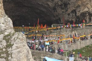 Amarnath pilgrimage breaks 3 year record in first fortnight