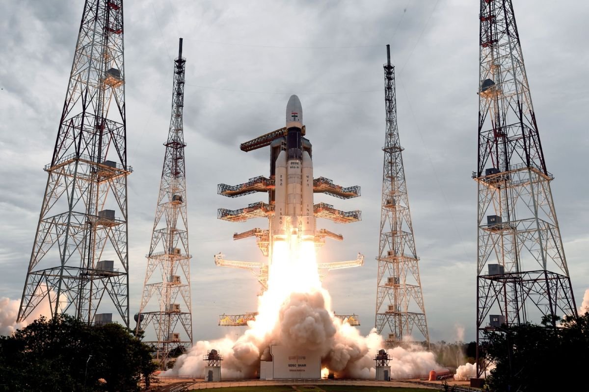 First de-orbiting manoeuver of Chandrayaan-2 successful