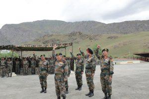 Army chief Bipin Rawat visits Drass