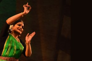 Dancer Geeta Chandran trains eyes on 'Bhakti' for Bharatanatyam
