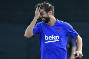 Gerard Pique breaks Messi's 2-year streak to become Barcelona's player of year