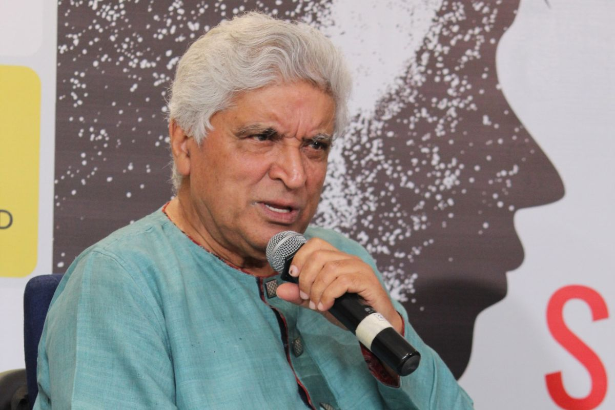 'Why even talk about MS Dhoni's retirement', asks Javed Akhtar