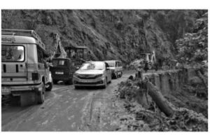 Landslides block two highways in Kalimpong district