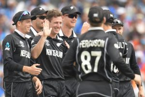 World Cup Semifinal 2019 Ind vs NZ: India in deep trouble; 77 for 5 after 25 overs