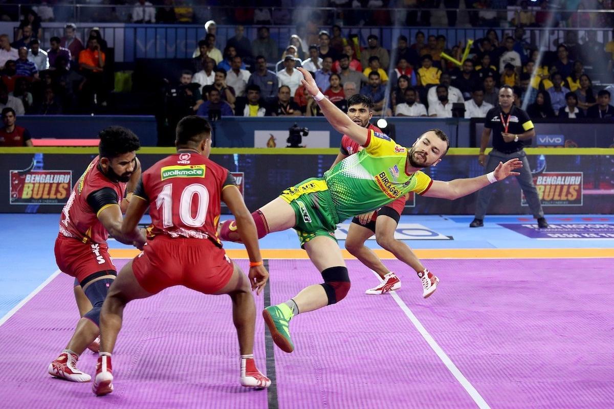 PKL 7, Bengaluru Bulls, Patna Pirates, Pardeep Narwal, Mohammed Maghsoudlou,
