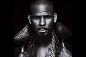 R Kelly arrested on sex trafficking charges