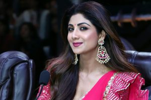 I can't swim, confesses Shilpa Shetty Kundra