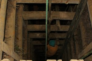 Forest officials resisted during raids on stone mines