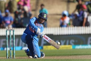 Yuvraj, Jhulan lead wishes for Smriti Mandhana on 24th birthday