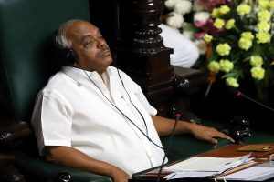 Day after Karnataka Speaker terms resignations 'faulty', rebel MLAs move SC