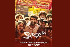 When Hrithik Roshan met his class of 'Super 30' for first time