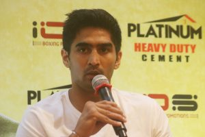 Neeraj Goyat, Vikas Krishan challenge Vijender Singh after 'kid' comment