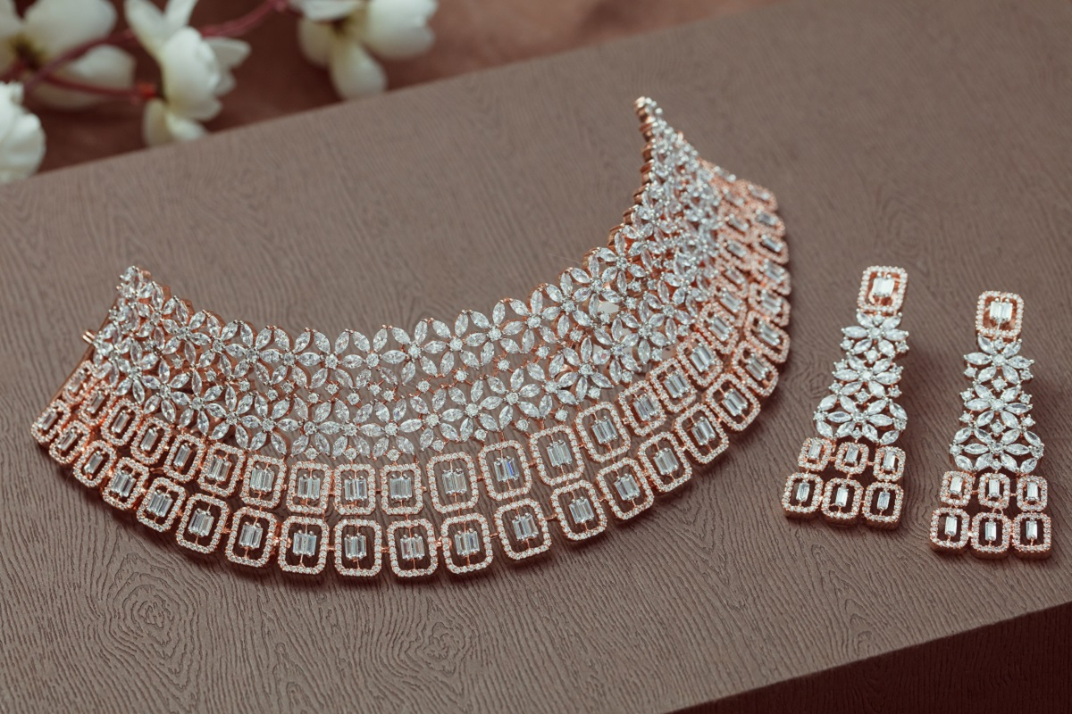bf3462c718f92 How to style vintage jewellery this Indian wedding season