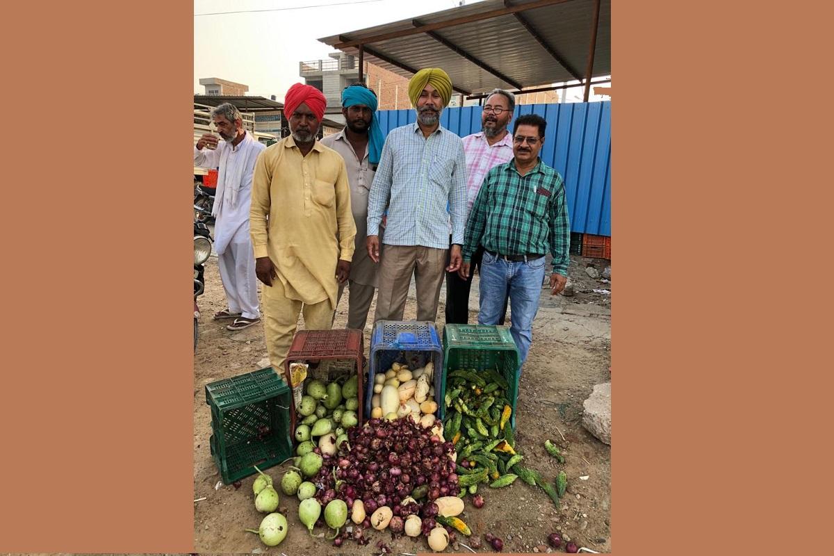 Surprise checks at fruit, vegetable markets