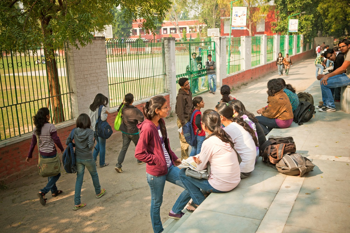 Many DU aspirants disappointed as first cut-off seats get filled up fast