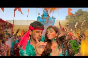 Check out reprised 'Khadke Glassy' Holi song from Sidharth Malhotra, Parineeti Chopra starrer Jabariya Jodi