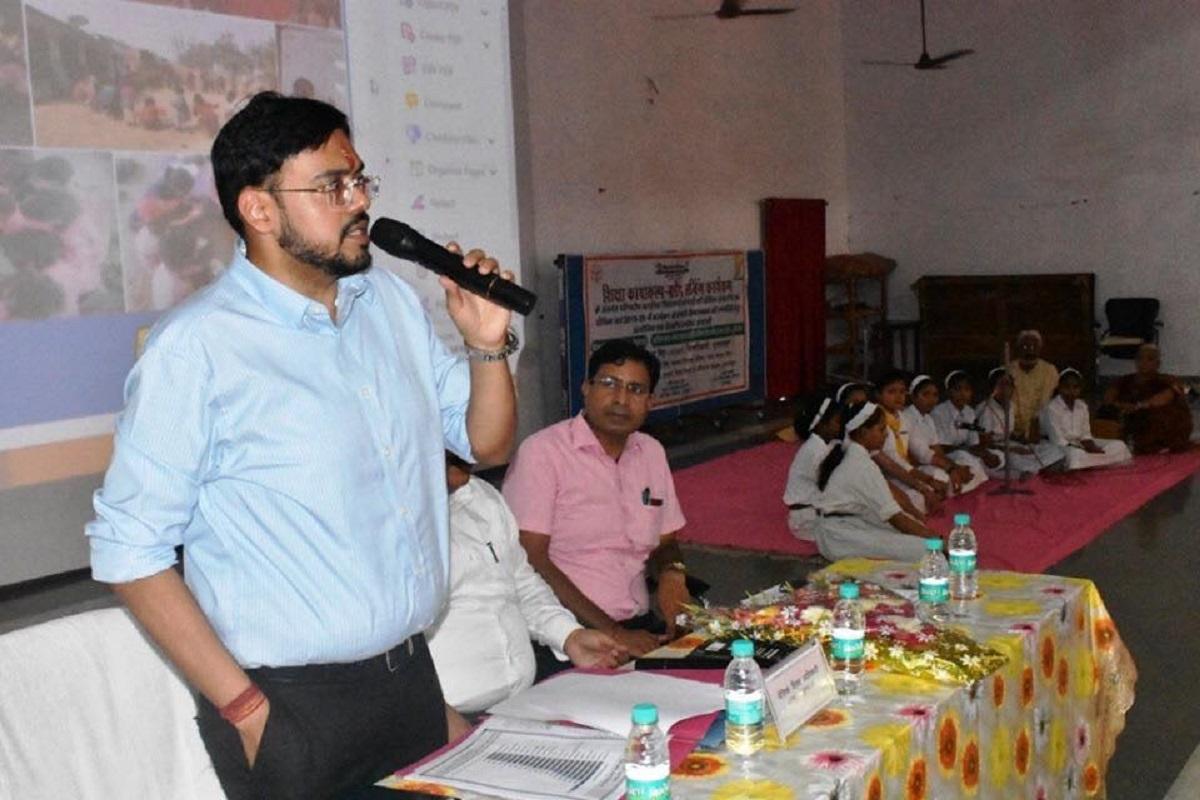 CBI, Fatehpur, DM Bulandshahr, Meerut, Bulandshahr, Abhay Kumar