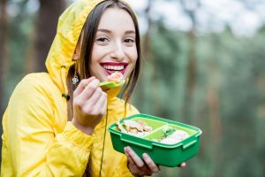 Eat healthy and light snacks to satisfy your taste buds during monsoon
