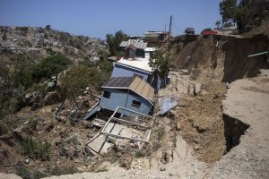 7 dead in Mudslides in Mexico