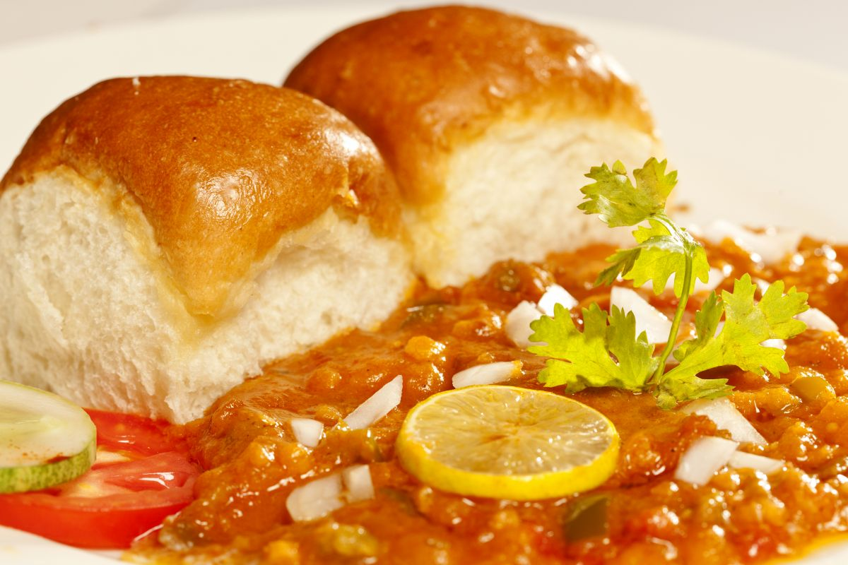 How to make authentic Pav Bhaji