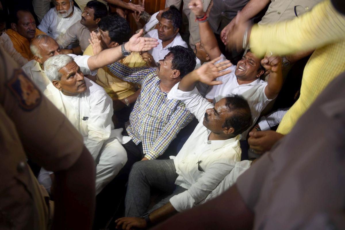 Protests in Bihar after custodial death of JD-U Dalit leader