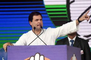 Firm on quitting, Rahul Gandhi to meet Congress CMs today