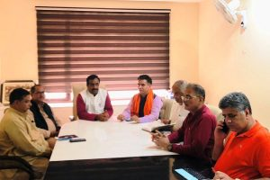 Ram Madhav denies BJP hand in Karnataka crisis