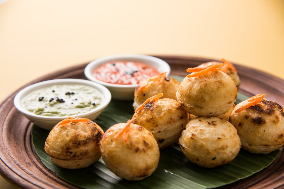Suji Appe, monsoon snacks