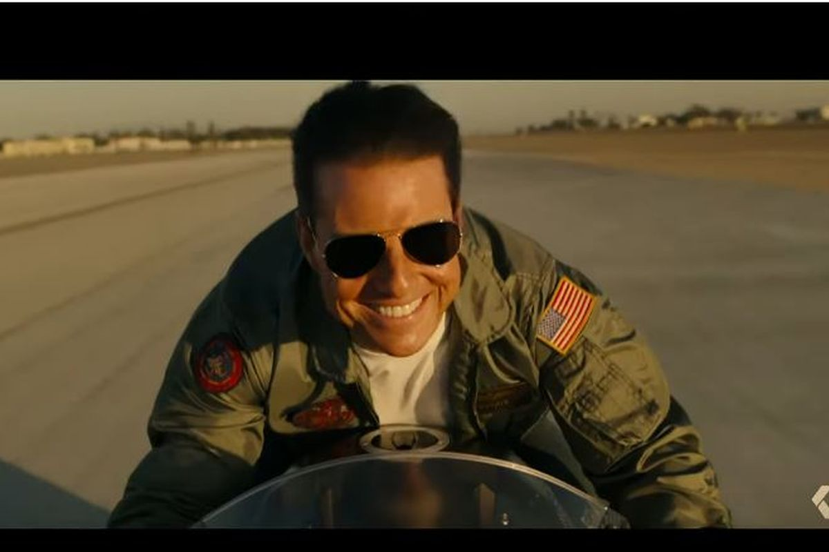 Tom Cruise is reigning style and planes in Top Gun trailer
