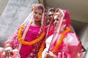 Lesbian couple marries in temple in Varanasi against all odds