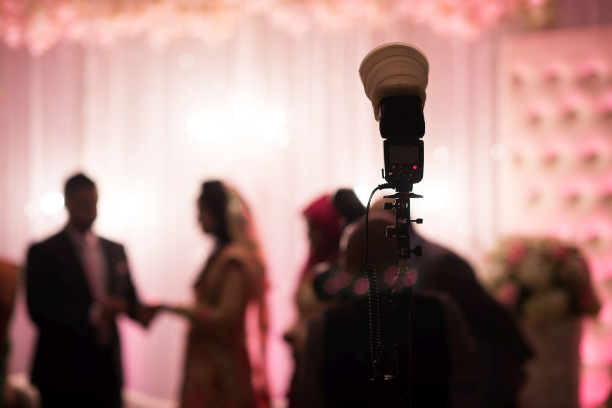How to pick the perfect wedding photographer