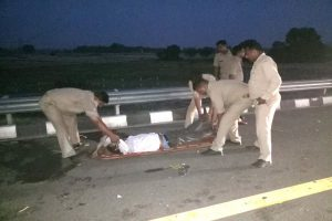 29 killed as passenger bus falls into gorge on Yamuna Expressway; many injured